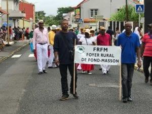 défilé des associations rivière-salée