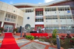 Intérieur de la médiathèque de Rivière-Salée - Martinique - Mairie de Rivière-Salée